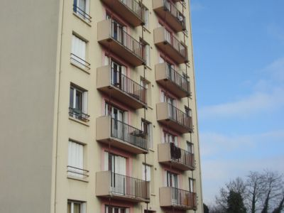 Sciage balcons immeuble